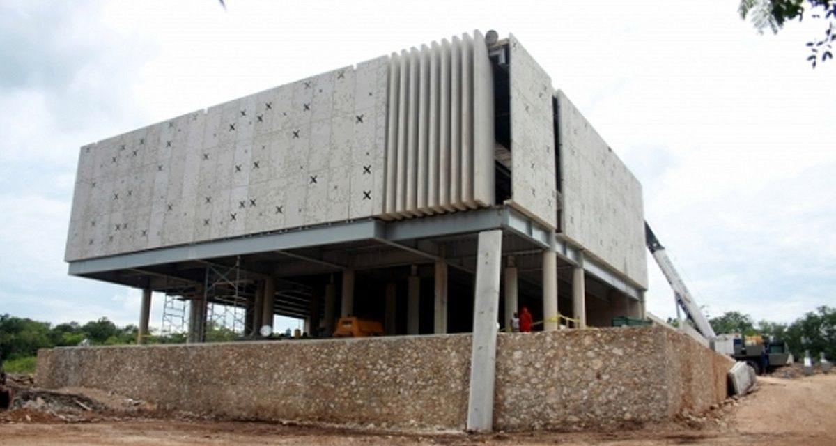 Defienden viabilidad de Palacio de la Civilización Maya, en abandono