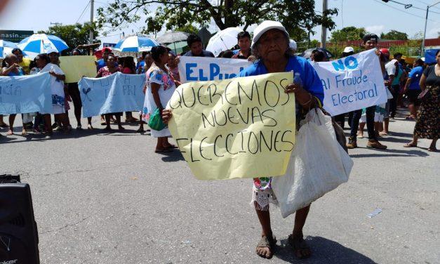 Simpatizantes de PAN, Panal y PVEM bloquean entrada a Kanasín; alegan fraude (video)