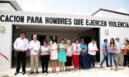 """Golpeadores de mujeres en Yucatán podrán """"reeducarse"""""""