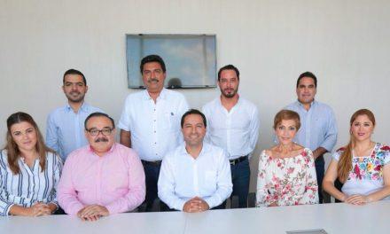 Mauricio Vila se reúne con legisladores federales de todos los partidos