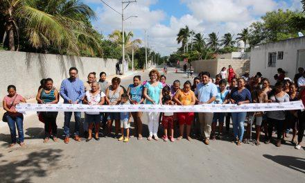 Entregan calles pavimentadas a  vecinos de El Roble Agrícola
