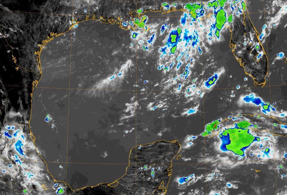 #PenínsuladeYucatán: No se va el calor, tampoco las lluvias