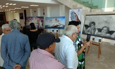 Recibe Aeropuerto Mérida réplicas de grandes obras pictóricas