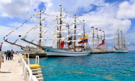 Colosos náuticos de ocho países visitan Caribe Mexicano