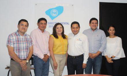 Rosa Adriana Díaz Lizama, coordinadora de diputados panistas en Congreso Yucatán