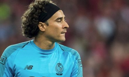 Terminó el sueño de Ochoa con el Napoli, el dueño ya no lo quiere
