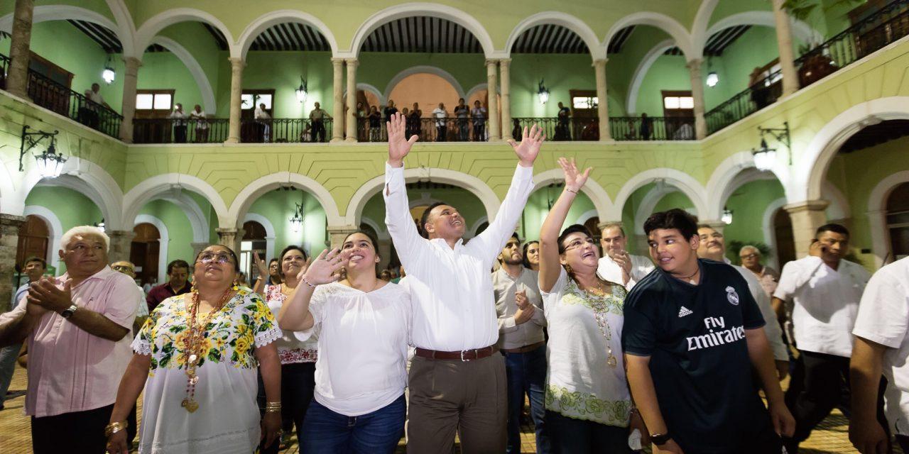 Así despidieron a Zapata Bello de Palacio de Gobierno