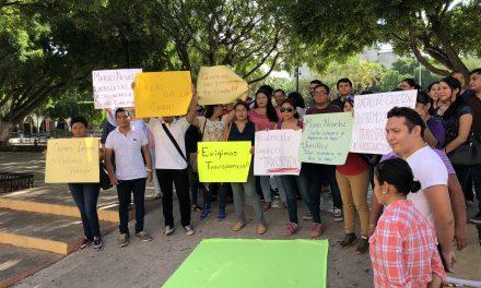 """Congelan plazas en Segey y enredan """"horas para contrato"""""""