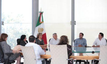 Se reúne Vila con magistrados del Tribunal Superior de Justicia de Yucatán