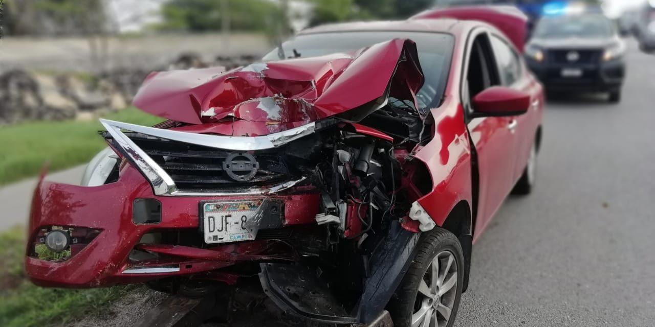 Neblina y velocidad inmoderada dejan accidente cerca de Mérida