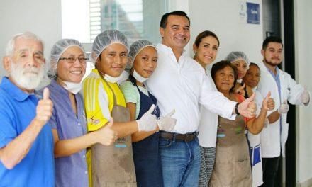 En Mérida combaten obesidad y enseñan buena nutrición