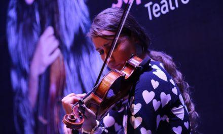 Despierta interés Mikhailova en Mérida por destreza en el violín