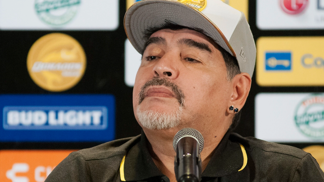 Diego Armando Maradona ya faltó a un entrenamiento con los Dorados