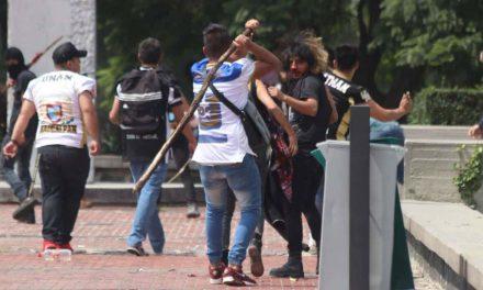 """Continuará expulsión de """"porros"""" en UNAM, advierte rector"""
