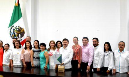 Recibe Congreso Yucatán Sexto Informe de Zapata Bello