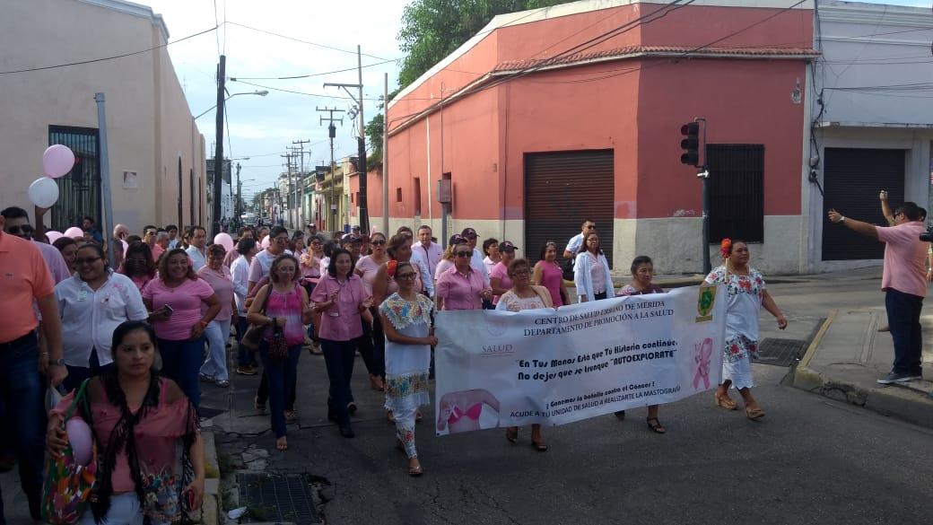 Marchan por la vida y prevención del cáncer de mama