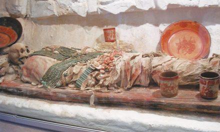 Más evidencias de prácticas mortuorias mayas y otros rituales