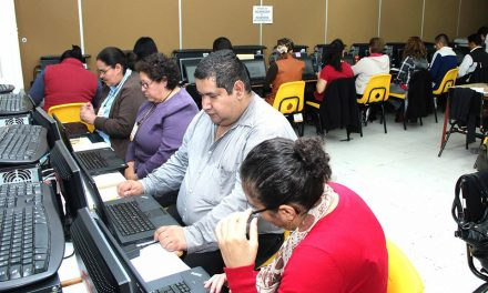Tajante la SEP: seguirá evaluación a maestros