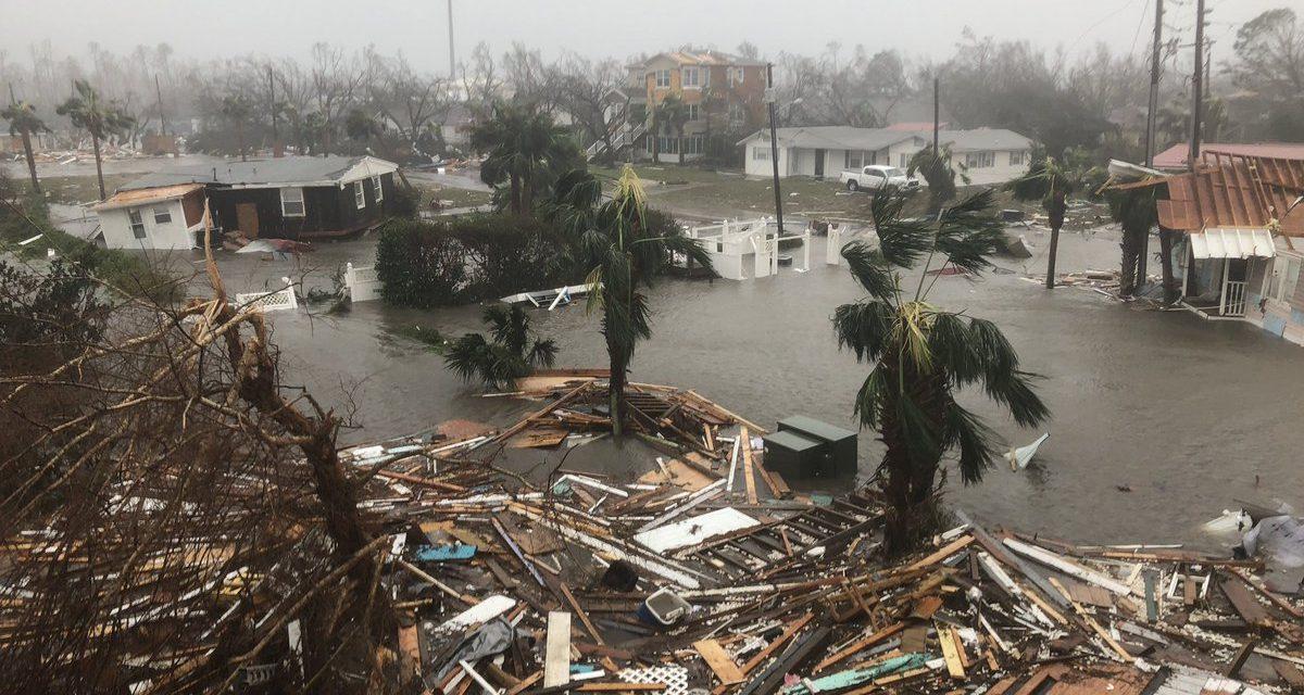 Huracán 'Michael', el más fuerte en 150 años, destroza Florida (videos)
