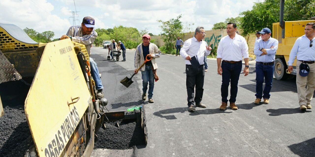 Supervisa Renán Barrera construcción y rehabilitación de calles