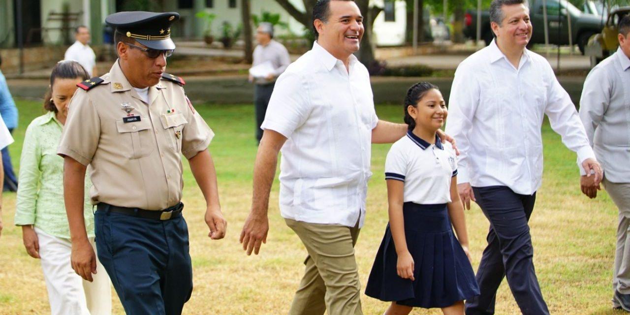 Promueve Renán Barrera educación en valores y libre de violencia