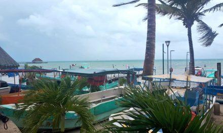 Enfrentan Cancún y Riviera Maya efectos de Tormenta Tropical