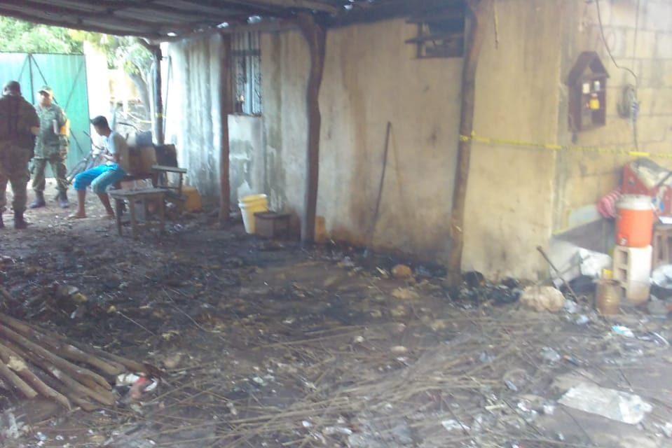 Explota taller clandestino de 'bombitas' en Temax, Yucatán