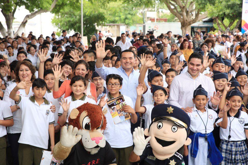 En marcha programas educativos de la Policía de Mérida