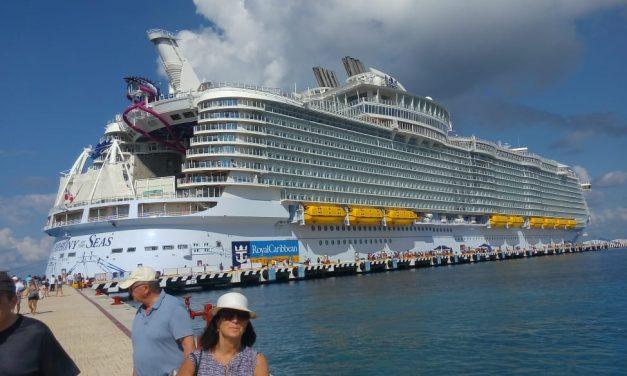 Gigante turístico deslumbra en Caribe Mexicano