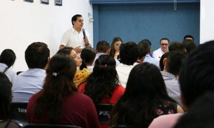 """Evalúa PAN """"financieramente inviable"""" más dinero a municipios"""
