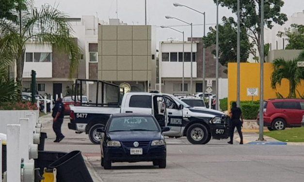 Responden a crisis con mando único de policías en Cancún