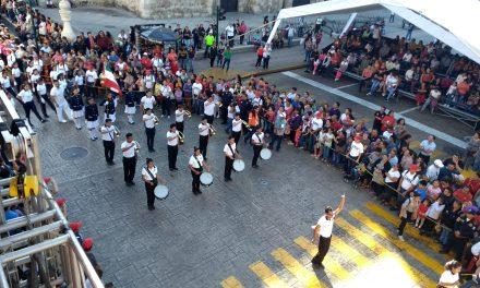 Destreza y colorido en desfile de la Revolución Mexicana