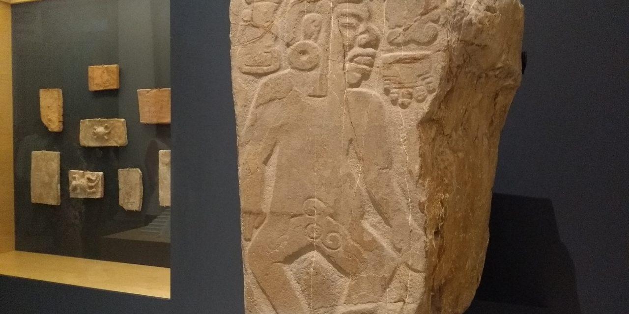 Recupera INAH estela maya en Nueva York