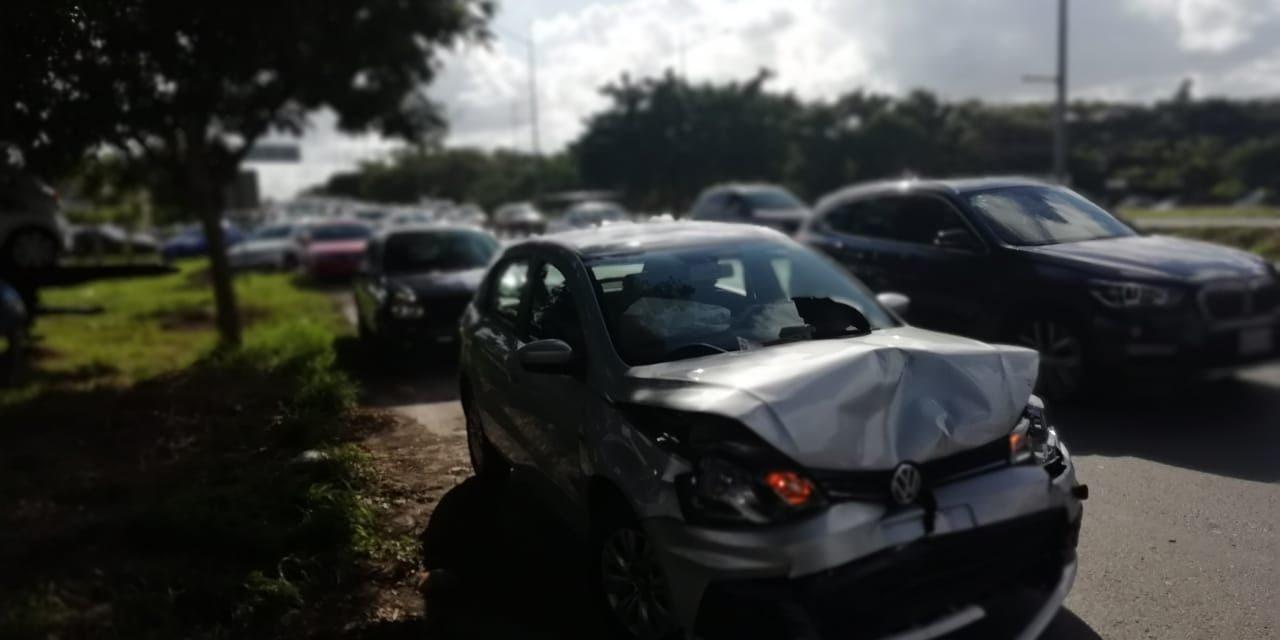 Colisión múltiple en periférico Mérida: 18 autos accidentados