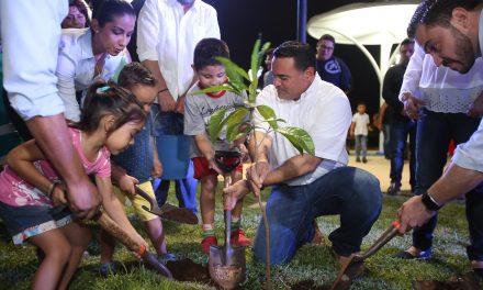En inauguración de parque Misné, convocan a mega reforestación en Mérida