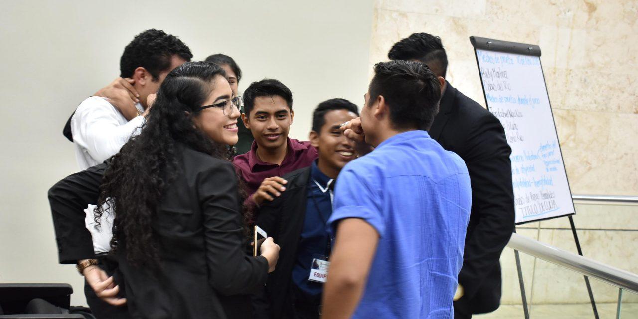 Escuela 'República de México' gana competencia de juicio oral en Yucatán