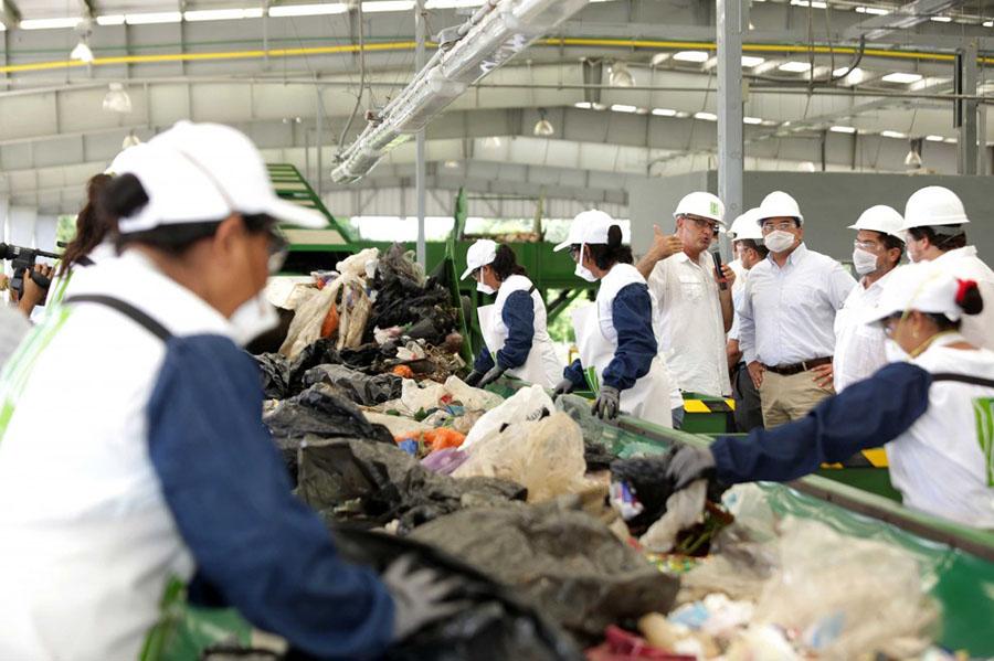 Empresa deja 'tirado' el reciclaje de basura de Mérida y 'ahoga' el relleno sanitario