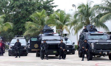 Policía Yucatán recibe pertrechos, vehículos y más personal capacitado