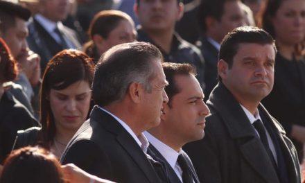 Asiste Vila a homenaje luctuoso en Puebla