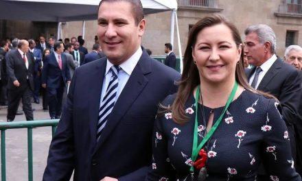 Mueren Alonso y Moreno Valle en accidente aéreo