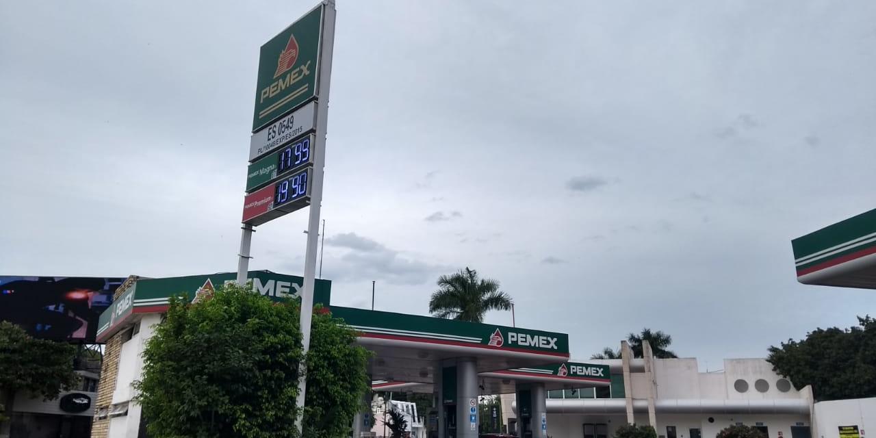 Se desliza precio de Magna a menos de 18 pesos litro