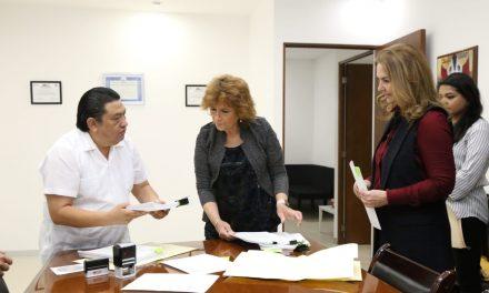 Entregan Paquete Fiscal 2019 de Yucatán