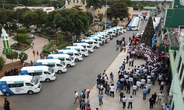 Concluye entrega de 150 vehículos de traslado médico a municipios