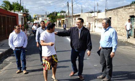 Entrega Renán Barrera rehabilitación integral de calle 71