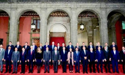 Gobernadores y AMLO ya se quieren: le quitan poder a superdelegados