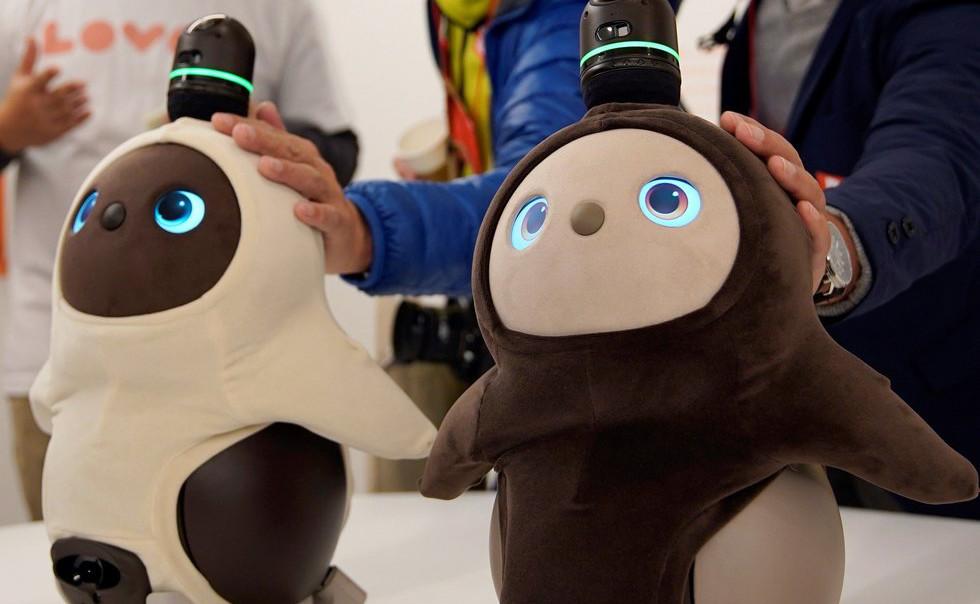 Presentan robot contra la soledad