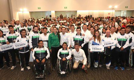 Atletas de Yucatán con reconocimientos y estímulos económicos
