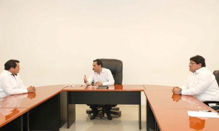 El gobernador Vila se reunió con Ávila Heredia y Díaz Mena