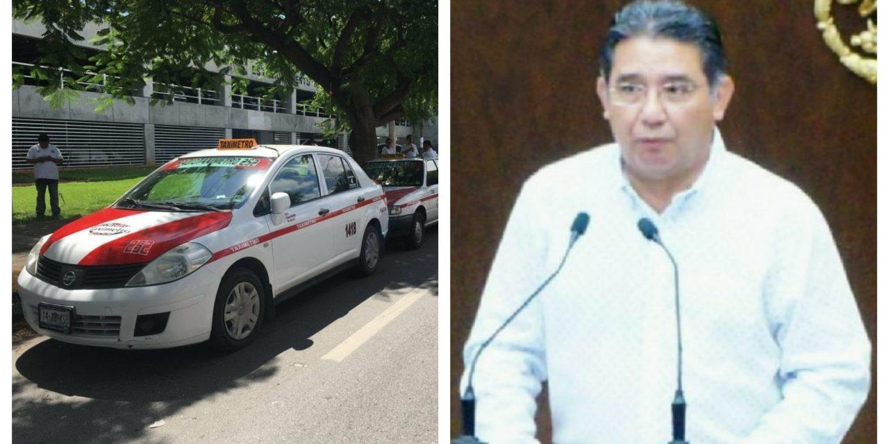 Quieren cabeza de Cuevas Mena por escándalo de taxis