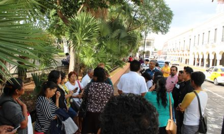 Abren la cartera en Yucatán a líderes 'antochistas'
